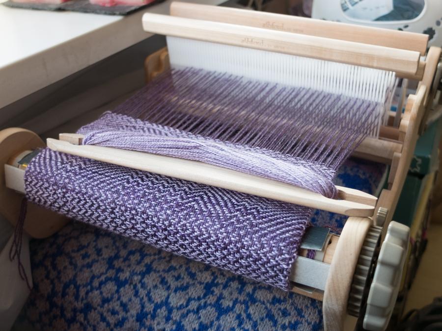 Four shaft weaving on a rigid heddle loom